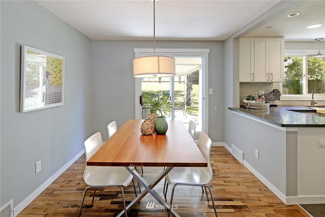 Sold Property | 9110 1st Avenue NE Seattle, WA 98115 7