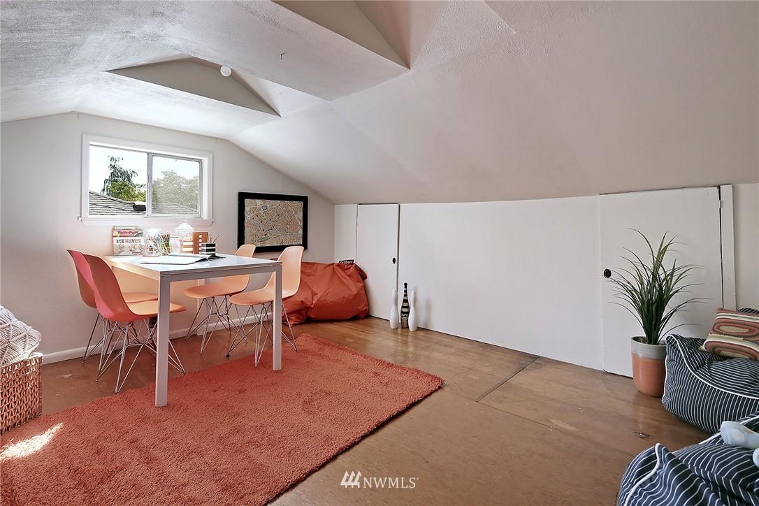 Sold Property | 9110 1st Avenue NE Seattle, WA 98115 14
