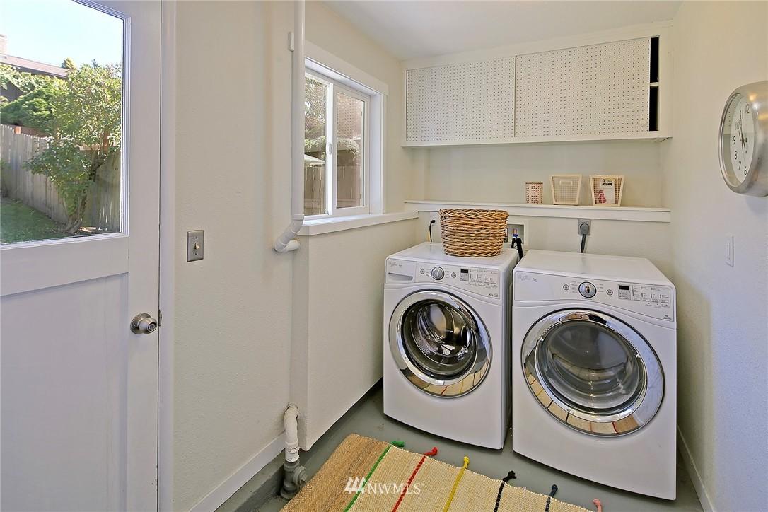 Sold Property | 9110 1st Avenue NE Seattle, WA 98115 13
