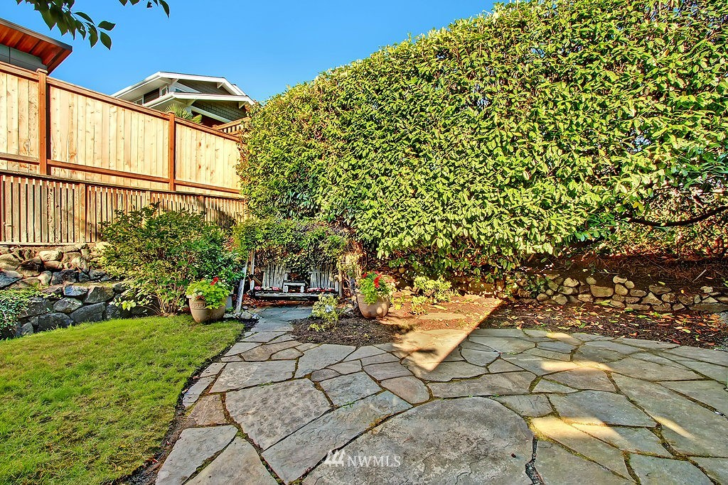 Sold Property | 1636 N 54th Street Seattle, WA 98103 15