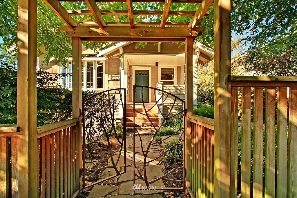 Sold Property | 1636 N 54th Street Seattle, WA 98103 1