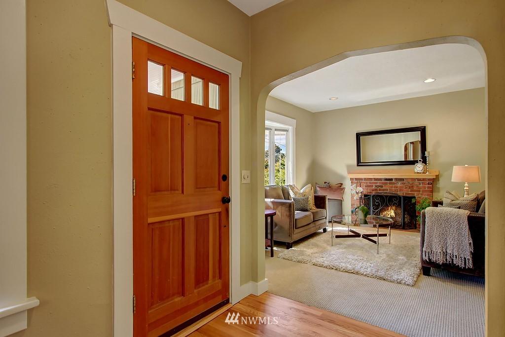 Sold Property | 1636 N 54th Street Seattle, WA 98103 2