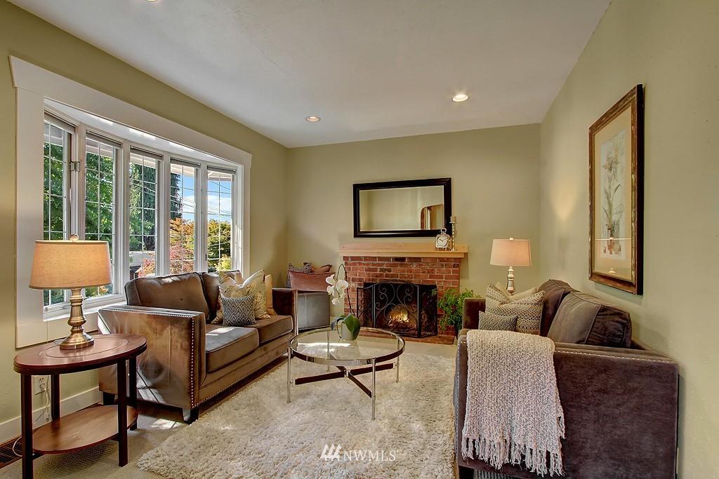 Sold Property | 1636 N 54th Street Seattle, WA 98103 4