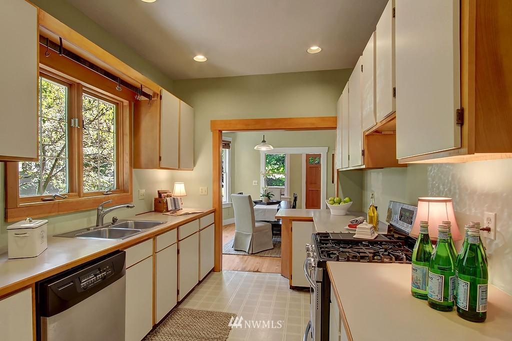 Sold Property | 1636 N 54th Street Seattle, WA 98103 6