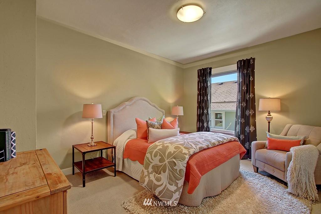 Sold Property | 1636 N 54th Street Seattle, WA 98103 7