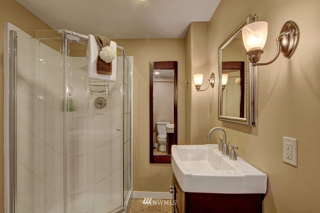 Sold Property | 1636 N 54th Street Seattle, WA 98103 12