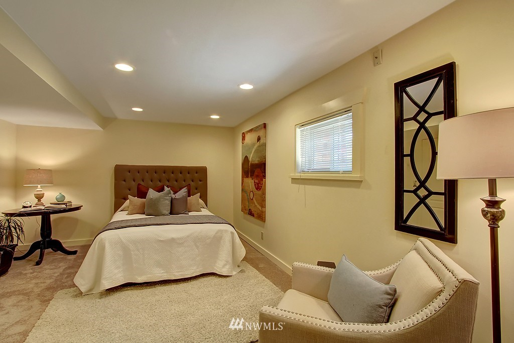 Sold Property | 1636 N 54th Street Seattle, WA 98103 13