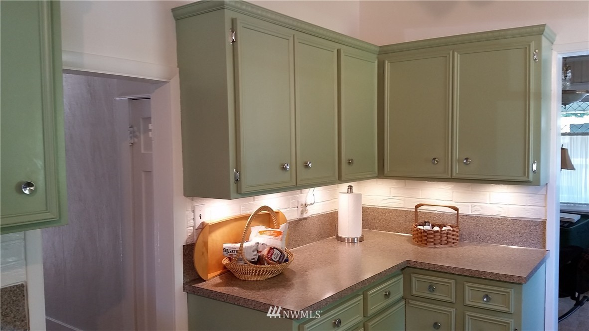 Sold Property | 808 Laurel Drive Everett, WA 98201 10