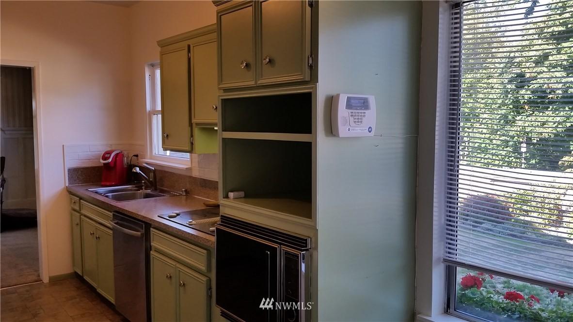 Sold Property | 808 Laurel Drive Everett, WA 98201 11