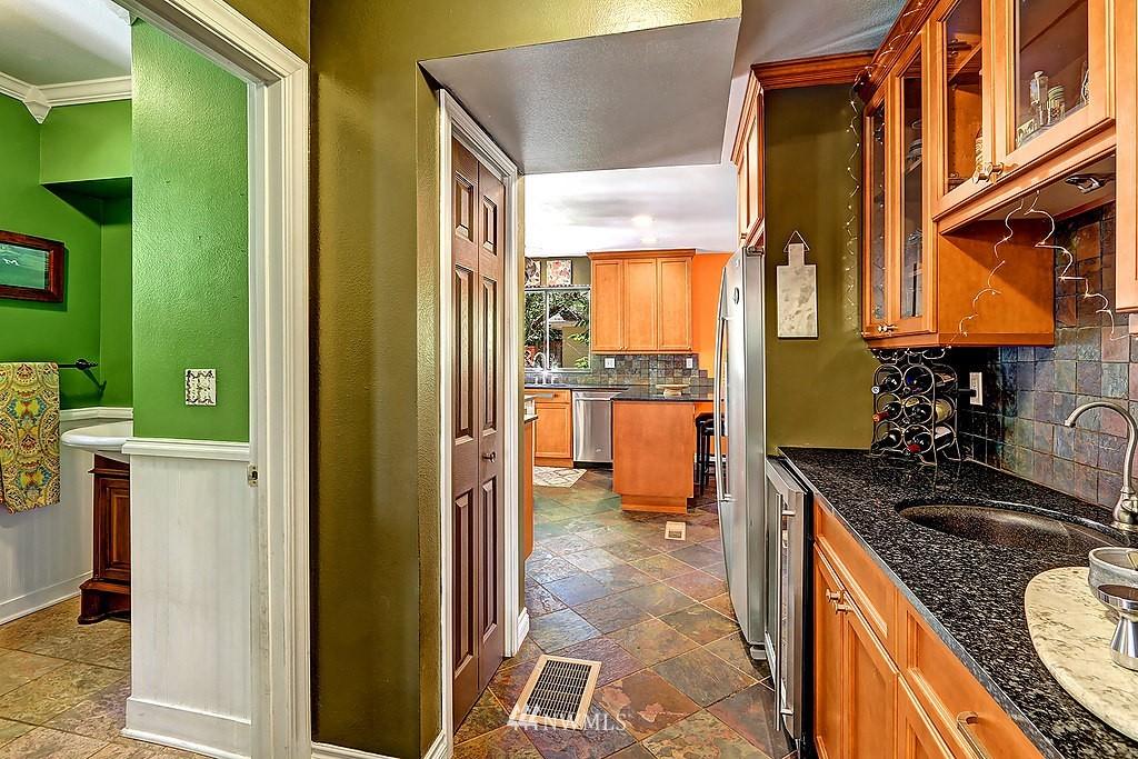 Sold Property   17836 Ballinger Way NE Lake Forest Park, WA 98155 5