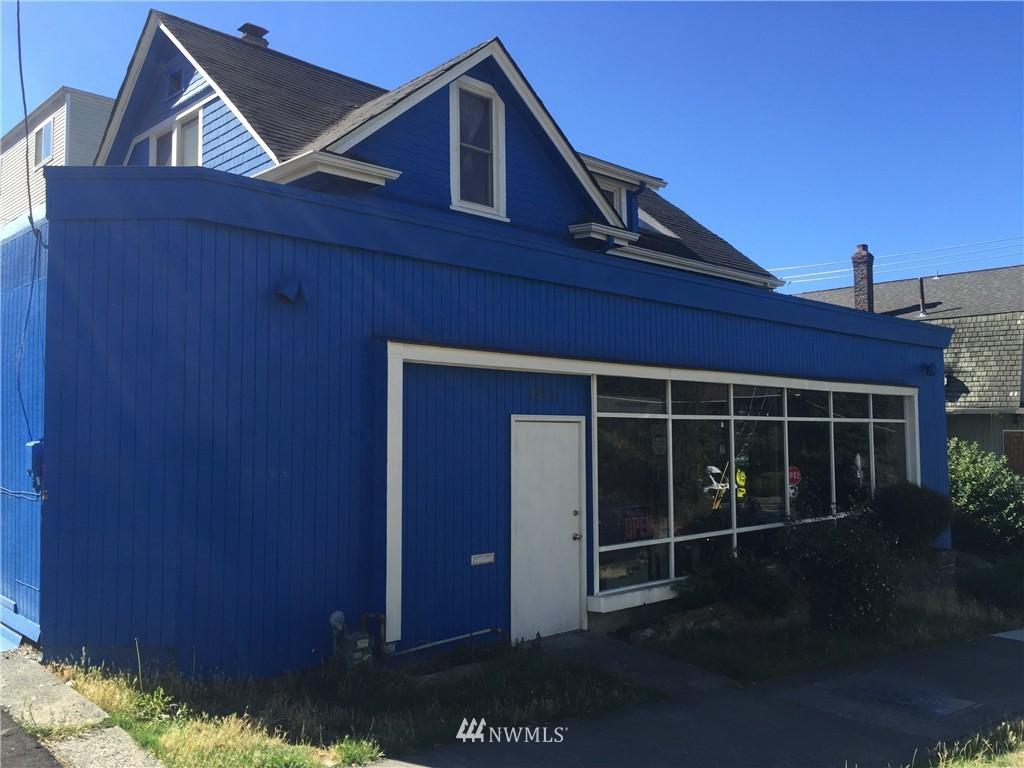 Sold Property | 1207 E Denny Way Seattle, WA 98122 1