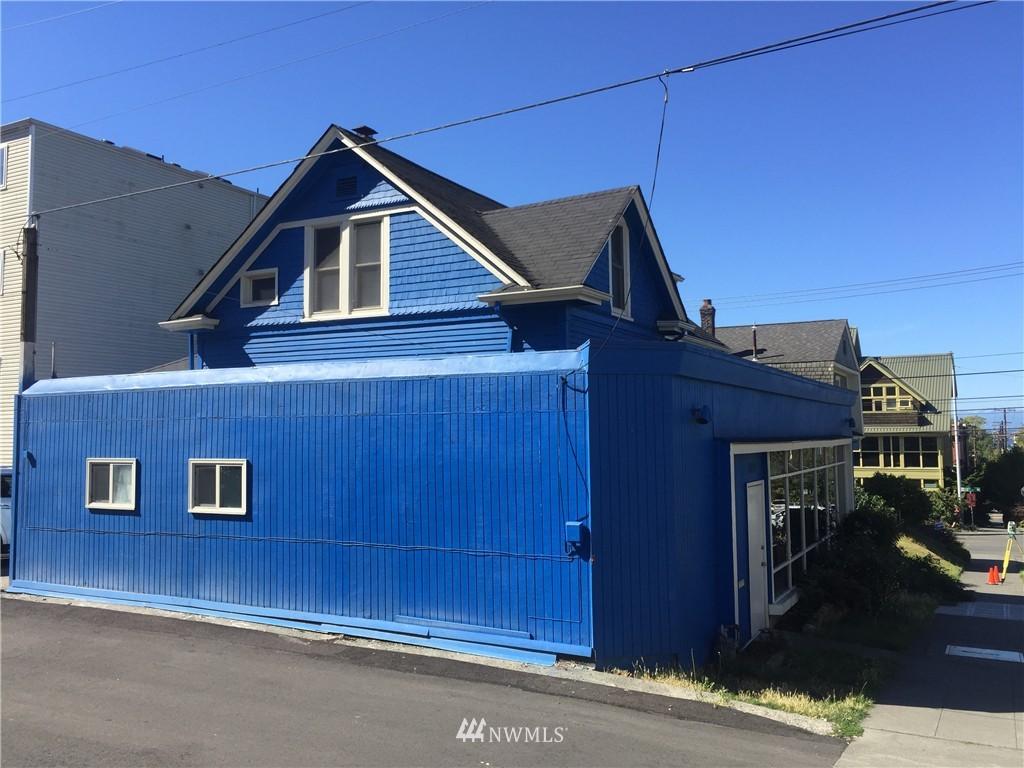 Sold Property | 1207 E Denny Way Seattle, WA 98122 4