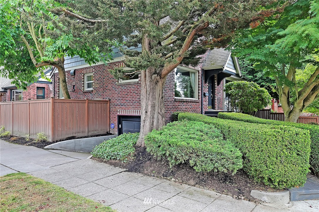 Sold Property   6756 9th Avenue NW Seattle, WA 98117 16