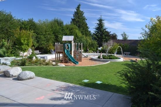 Sold Property   6756 9th Avenue NW Seattle, WA 98117 19