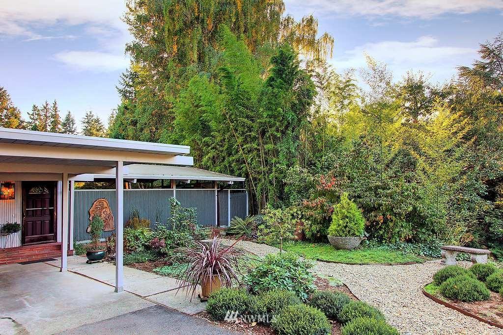 Sold Property | 2705 NE 105th  Street Seattle, WA 98115 0