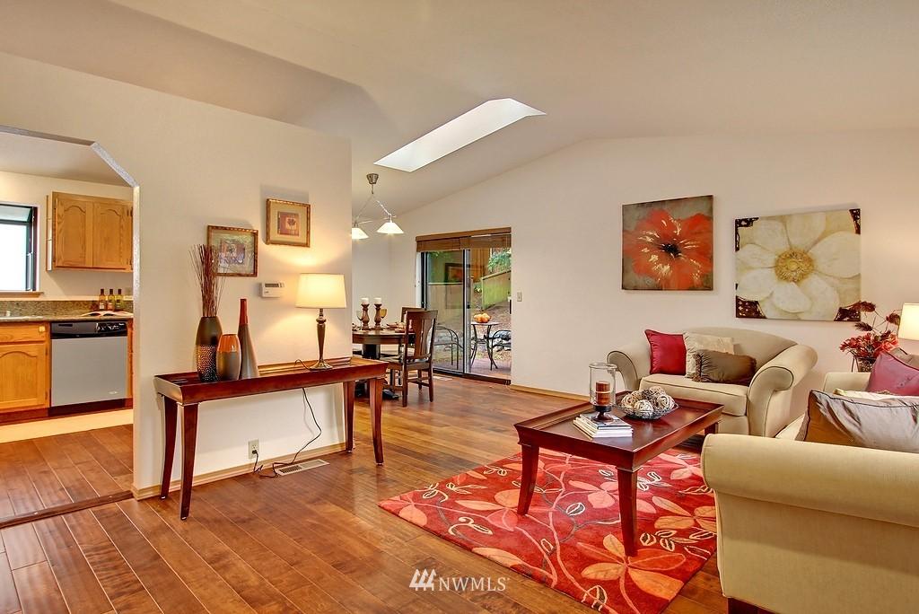 Sold Property | 8627 Ravenna  Avenue NE Seattle, WA 98115 1
