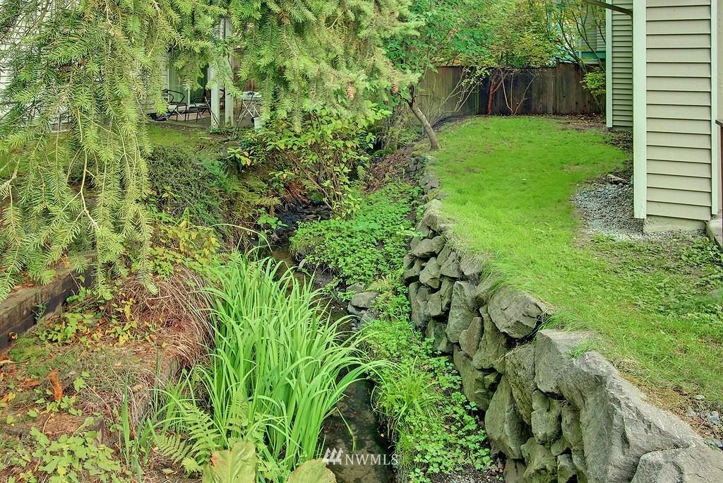 Sold Property | 8627 Ravenna  Avenue NE Seattle, WA 98115 16