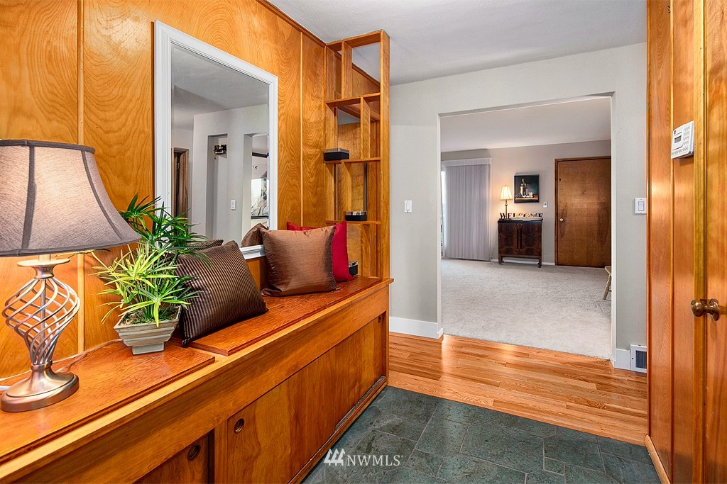 Sold Property | 3910 24th Avenue S Seattle, WA 98108 1