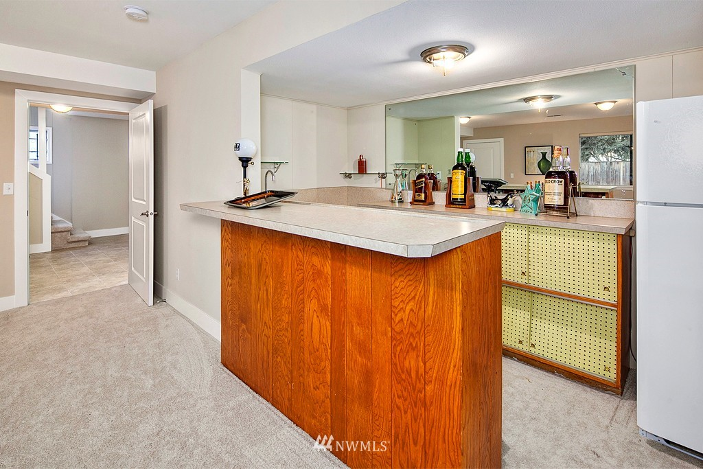Sold Property | 3910 24th Avenue S Seattle, WA 98108 14