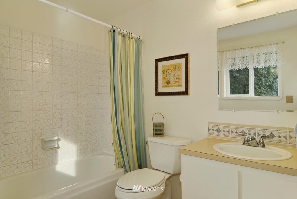 Sold Property | 17523 19th Court NE Shoreline, WA 98155 7