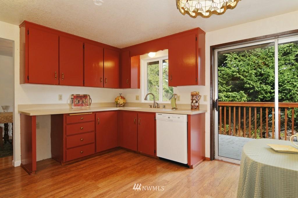 Sold Property | 17523 19th Court NE Shoreline, WA 98155 4