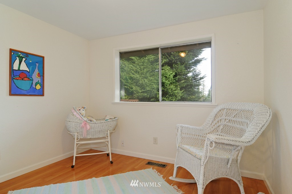 Sold Property | 17523 19th Court NE Shoreline, WA 98155 10