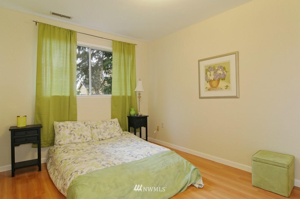 Sold Property | 17523 19th Court NE Shoreline, WA 98155 11