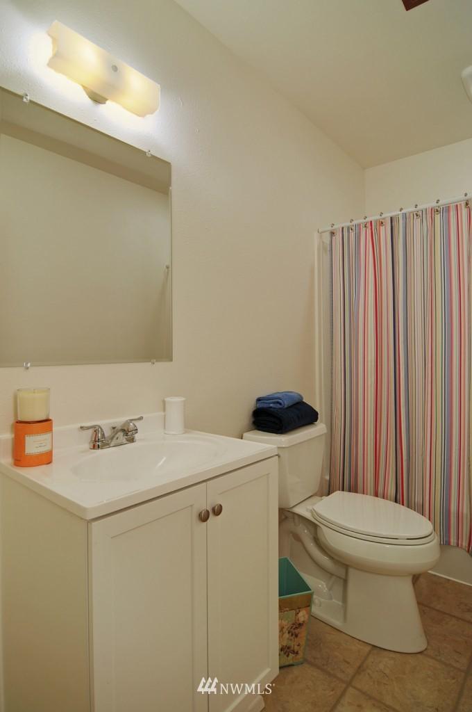 Sold Property | 17523 19th Court NE Shoreline, WA 98155 12