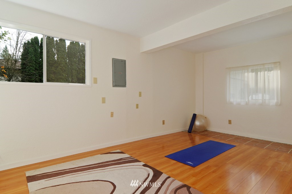 Sold Property | 17523 19th Court NE Shoreline, WA 98155 13