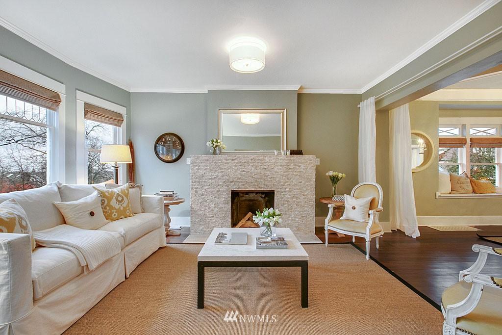 Sold Property | 4731 4th Avenue NE Seattle, WA 98105 2