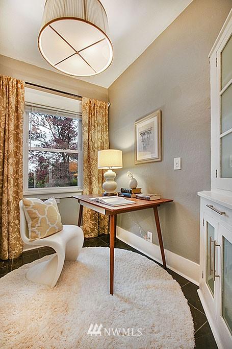 Sold Property | 4731 4th Avenue NE Seattle, WA 98105 6