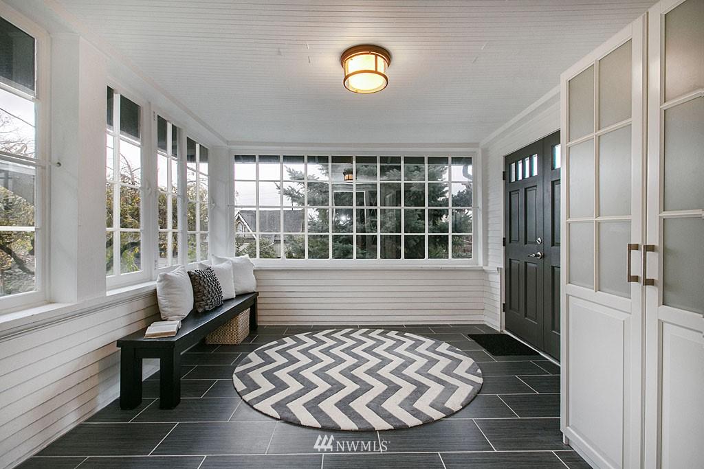 Sold Property | 4731 4th Avenue NE Seattle, WA 98105 14