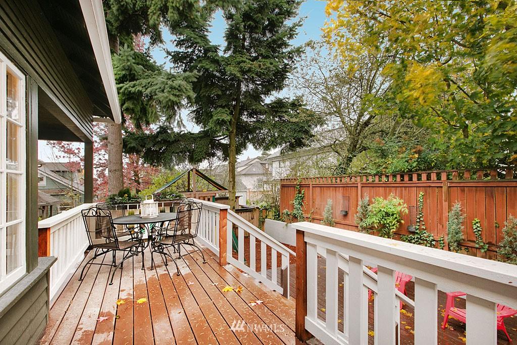 Sold Property | 4731 4th Avenue NE Seattle, WA 98105 15