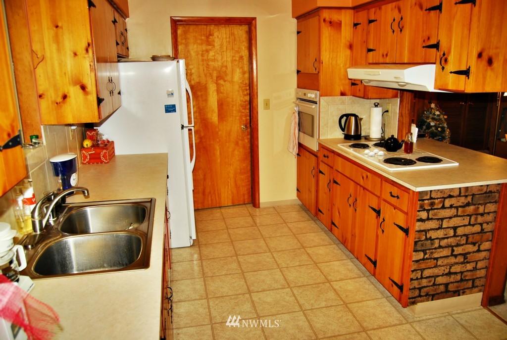 Sold Property | 7105 44th Avenue E Tacoma, WA 98443 10