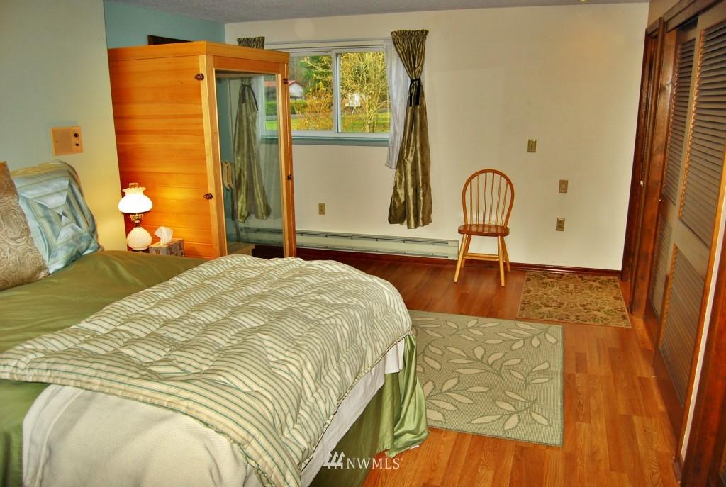 Sold Property | 7105 44th Avenue E Tacoma, WA 98443 11