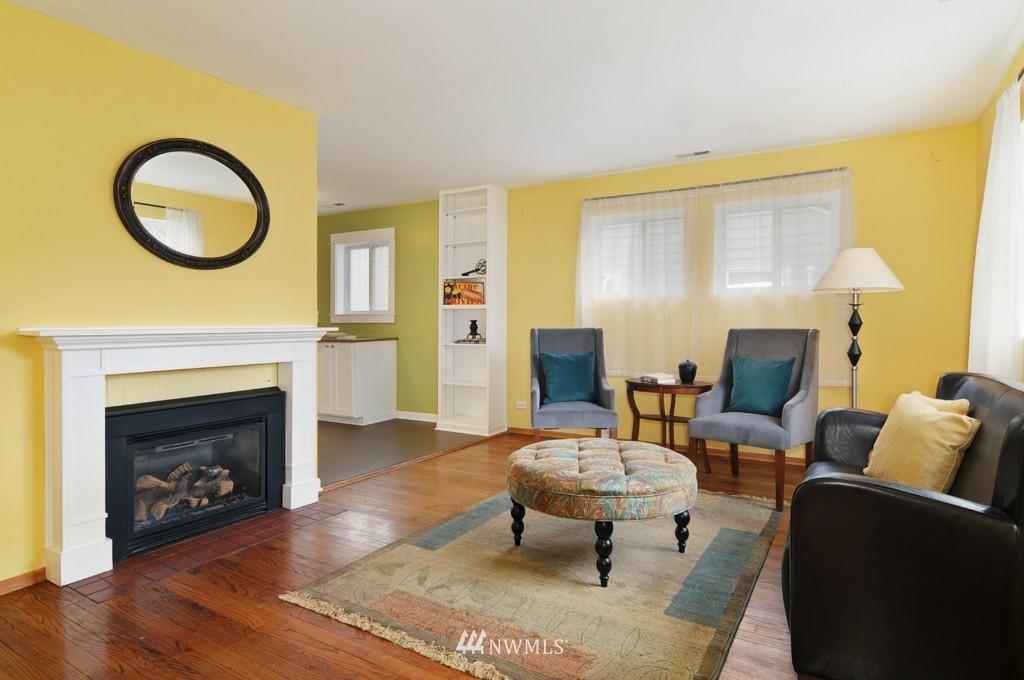 Sold Property | 9808 33rd Avenue SW Seattle, WA 98126 1