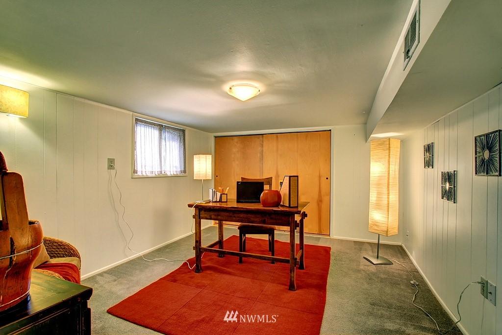 Sold Property | 3310 20th Avenue S Seattle, WA 98144 13