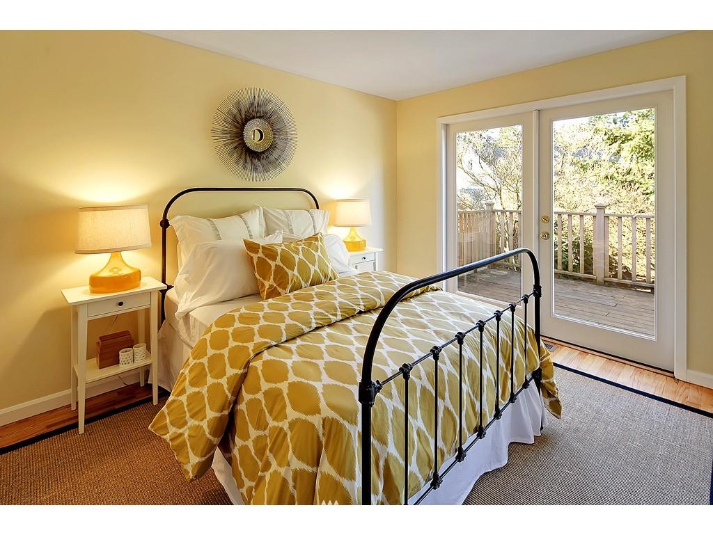Sold Property   18017 Linden Avenue N Shoreline, WA 98133 6