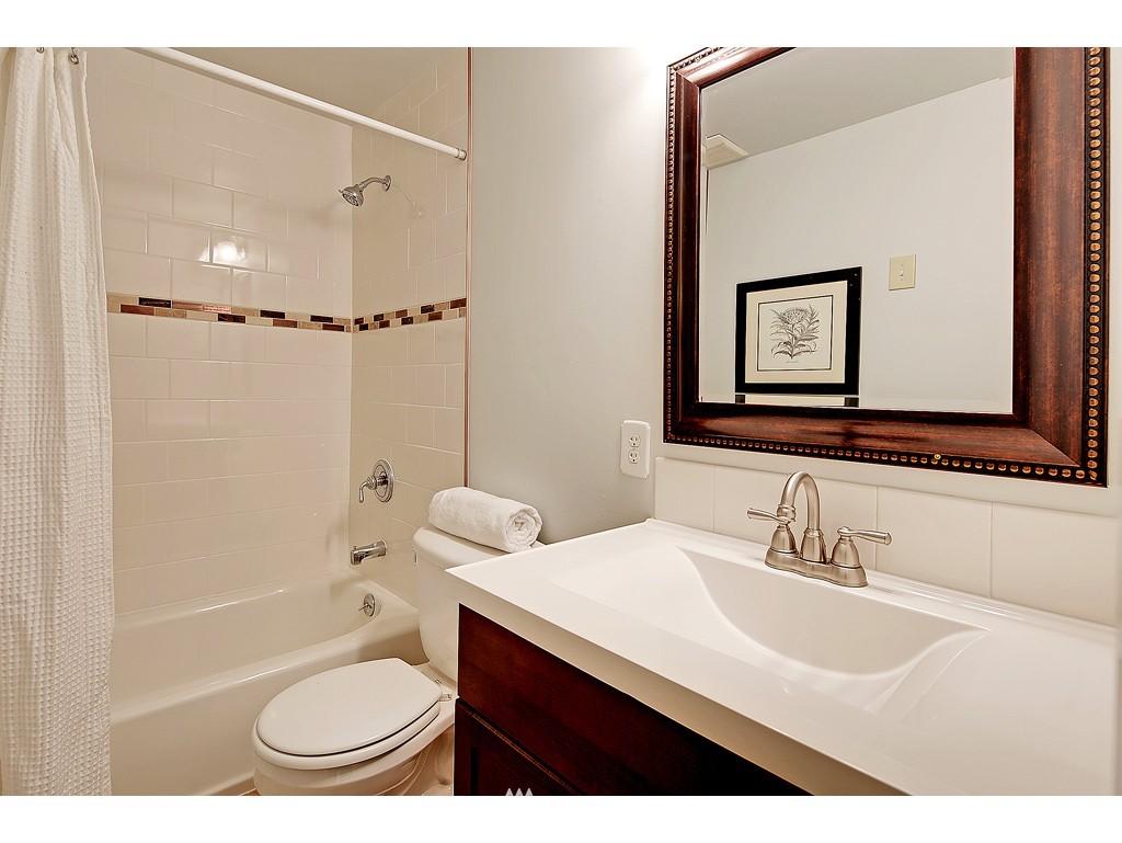 Sold Property   18017 Linden Avenue N Shoreline, WA 98133 8