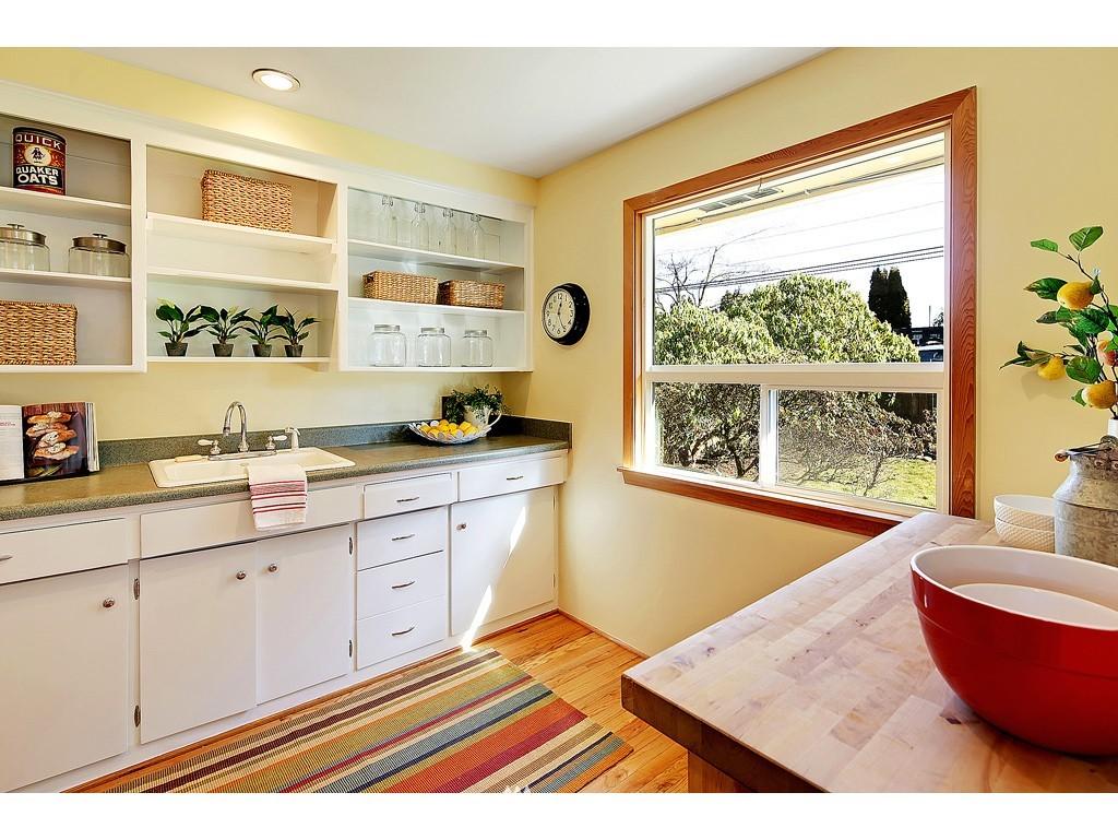Sold Property   18017 Linden Avenue N Shoreline, WA 98133 4