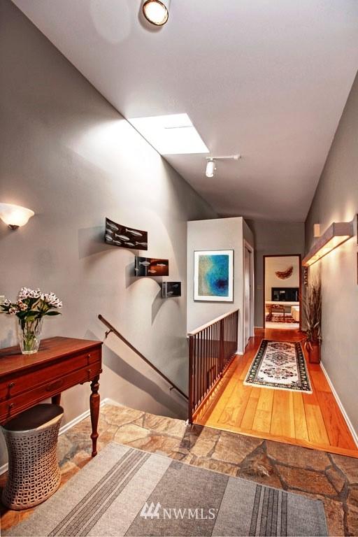 Sold Property | 2814 25th Avenue W Seattle, WA 98199 7