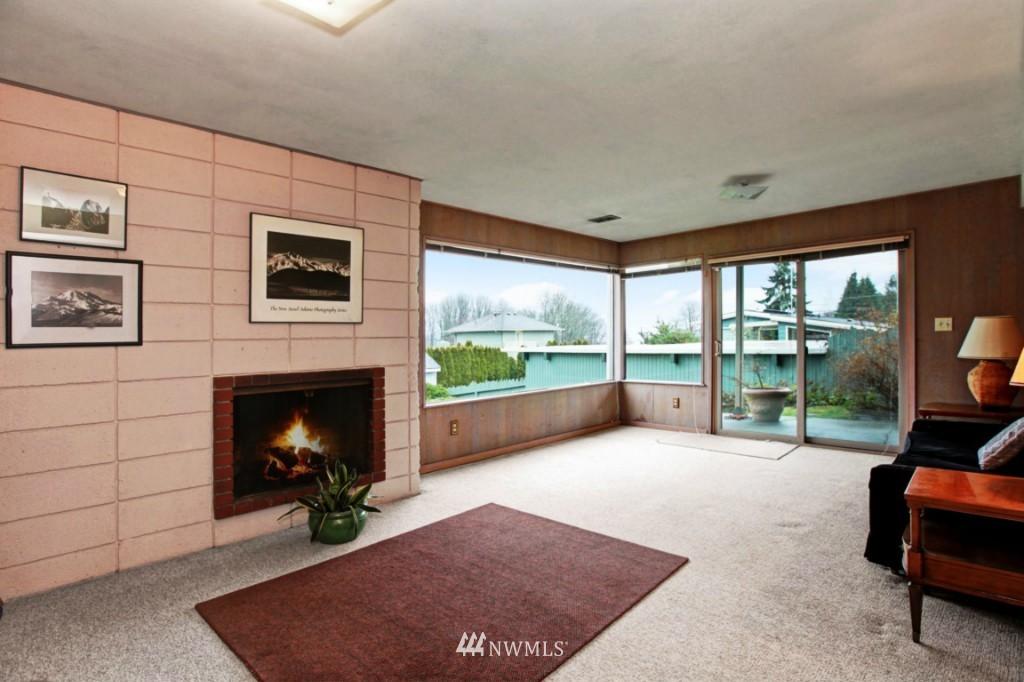 Sold Property | 2814 25th Avenue W Seattle, WA 98199 8
