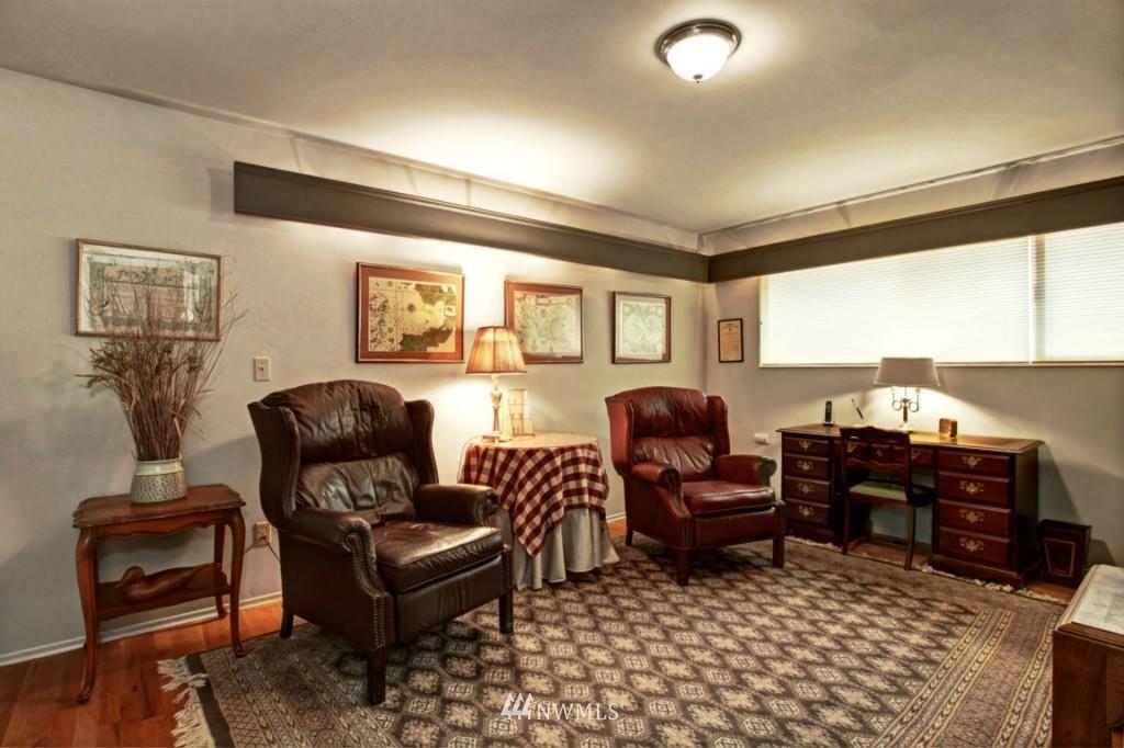 Sold Property | 2814 25th Avenue W Seattle, WA 98199 10