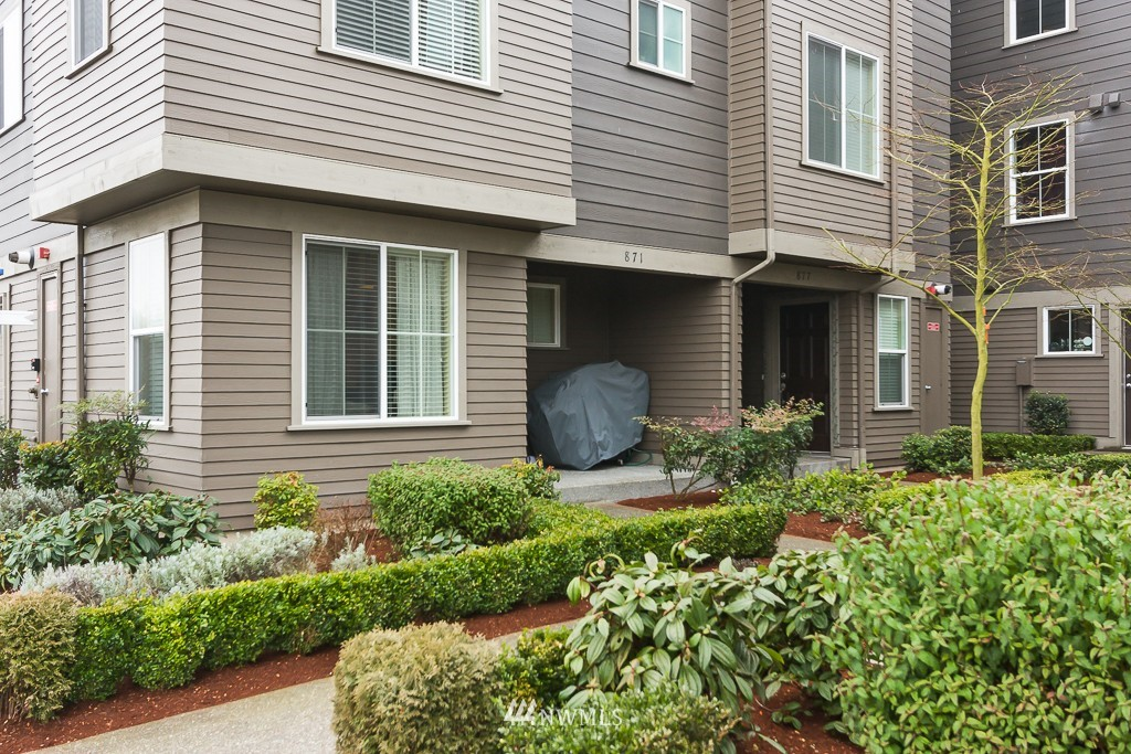 Sold Property | 871 5th  Place NE Issaquah, WA 98029 0