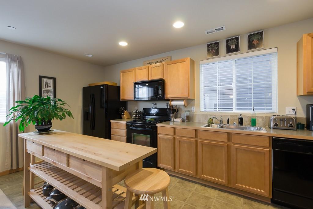 Sold Property | 871 5th  Place NE Issaquah, WA 98029 3
