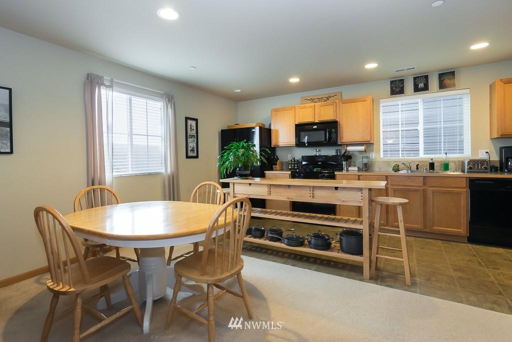 Sold Property | 871 5th  Place NE Issaquah, WA 98029 4