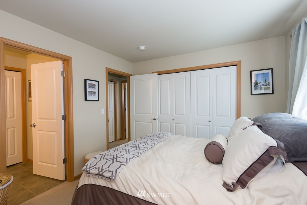 Sold Property | 871 5th  Place NE Issaquah, WA 98029 6