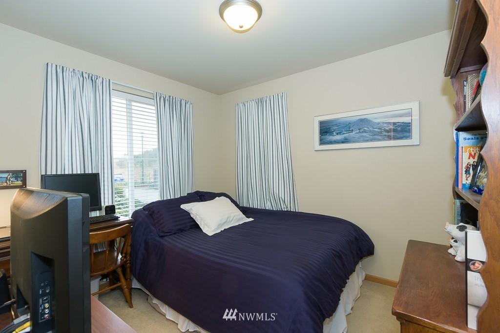 Sold Property | 871 5th  Place NE Issaquah, WA 98029 10