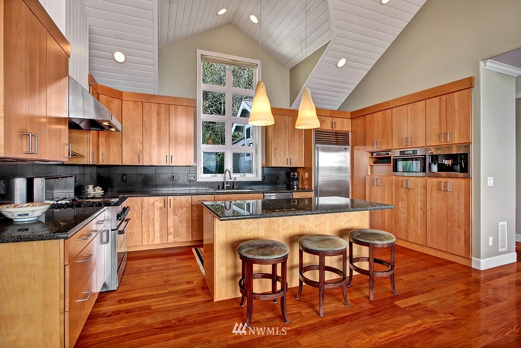 Sold Property | 13025 Standring  Lane SW Burien, WA 98146 10