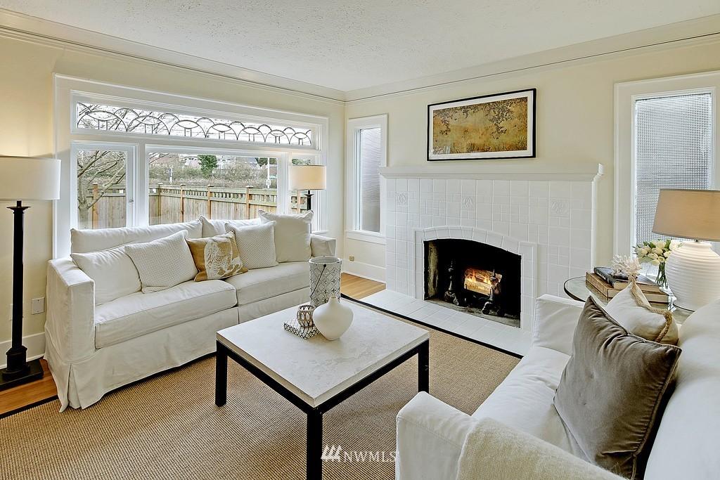 Sold Property | 7537 11th Avenue NE Seattle, WA 98115 2